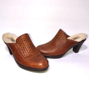 UGG Gabriella Woven Leather Clogs Mules Heels 6